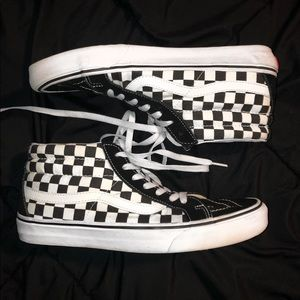 Sk8-Hi Black and White Checkered Vans
